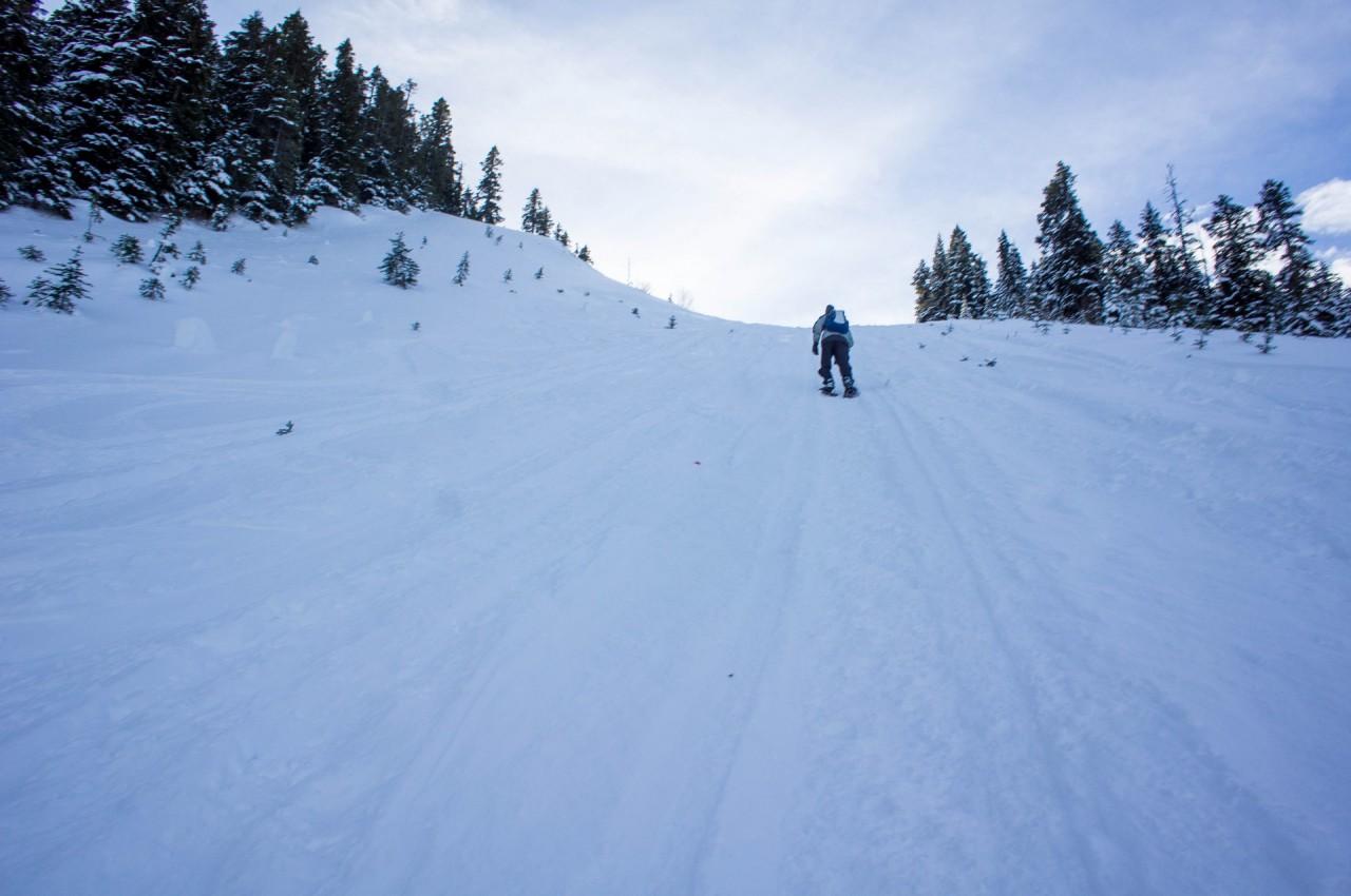 Steep Climb up Pipeline Road to Zoa Peak
